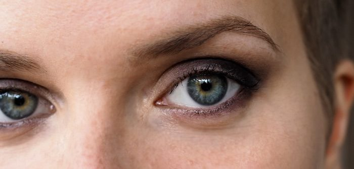 Tutorial for protruding eyes how to makeup