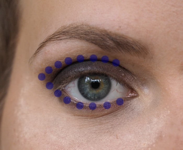 How to makeup for protruding round eyes