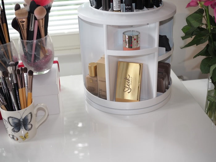 makeup collection organizing tips
