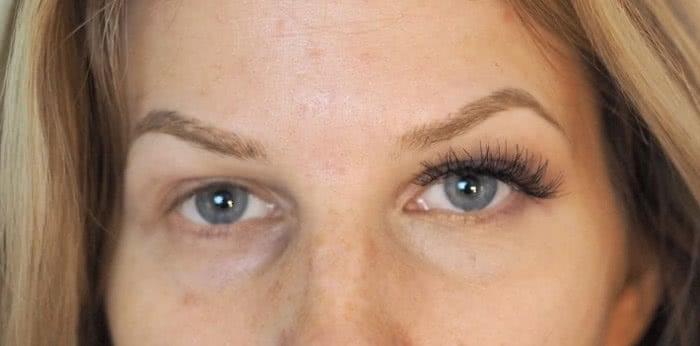 small eyes bigger with makeup