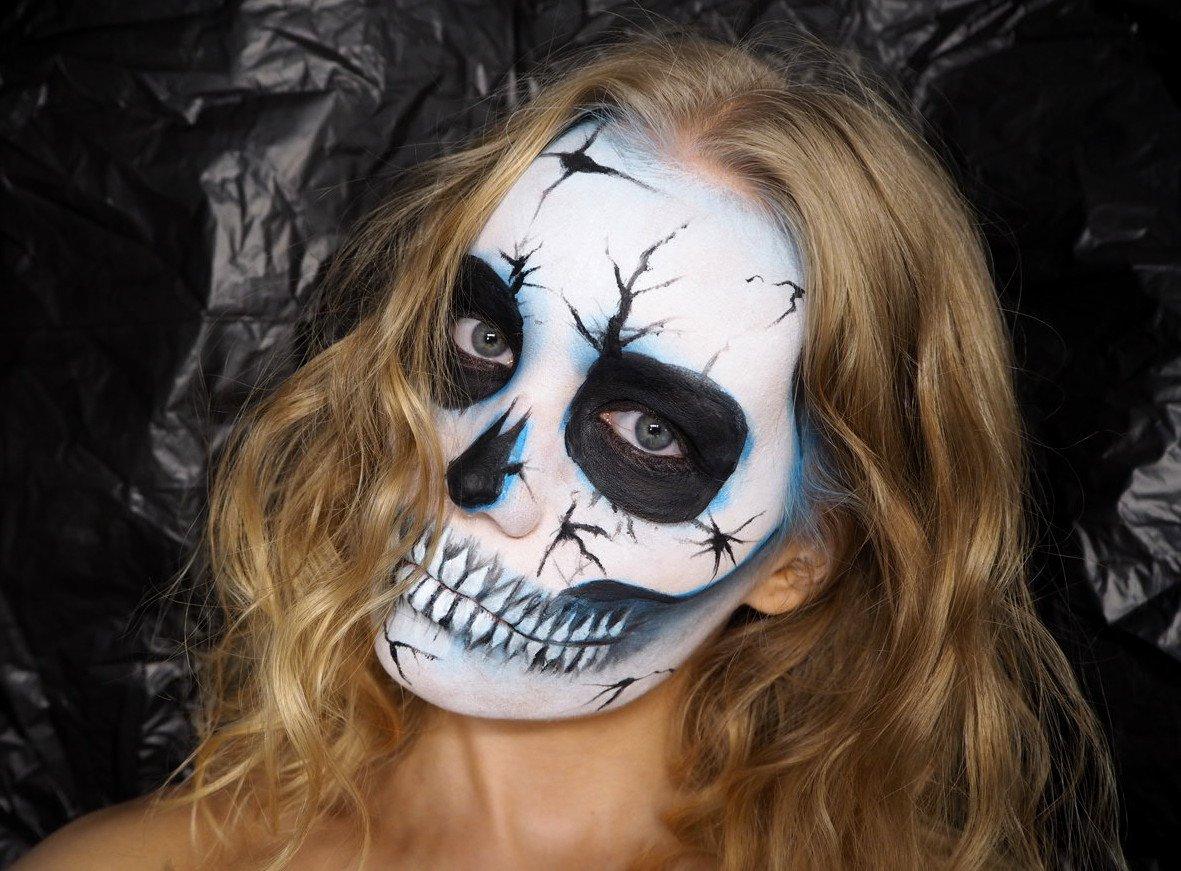 easy skull with cracks tutorial