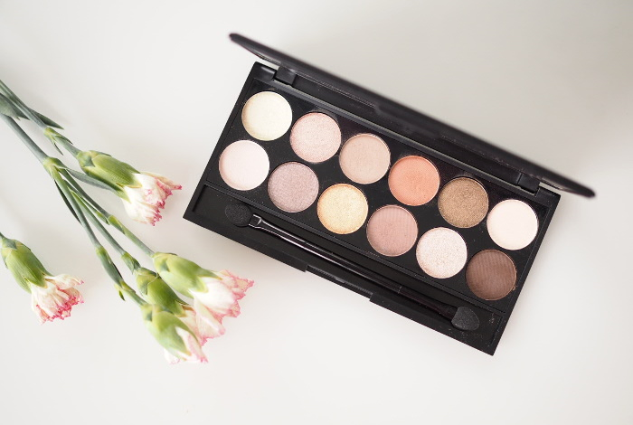 sleek a new day palette