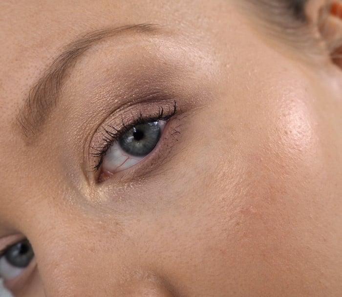 kicks liquid eyeshadow subtle eyeshadow