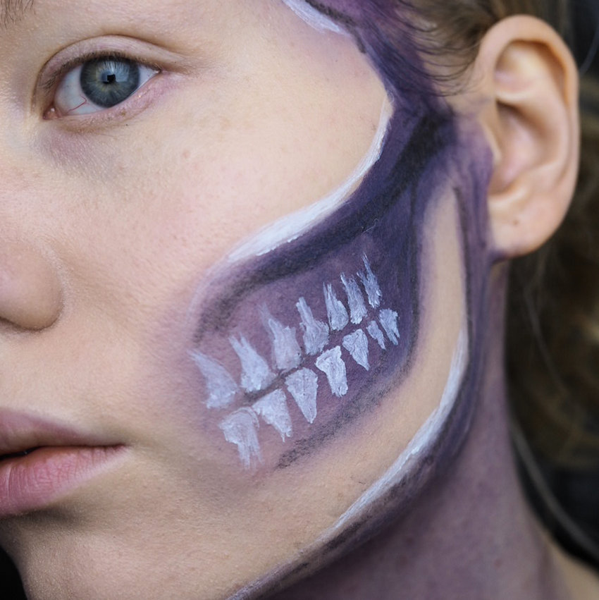 skull makeup teeth
