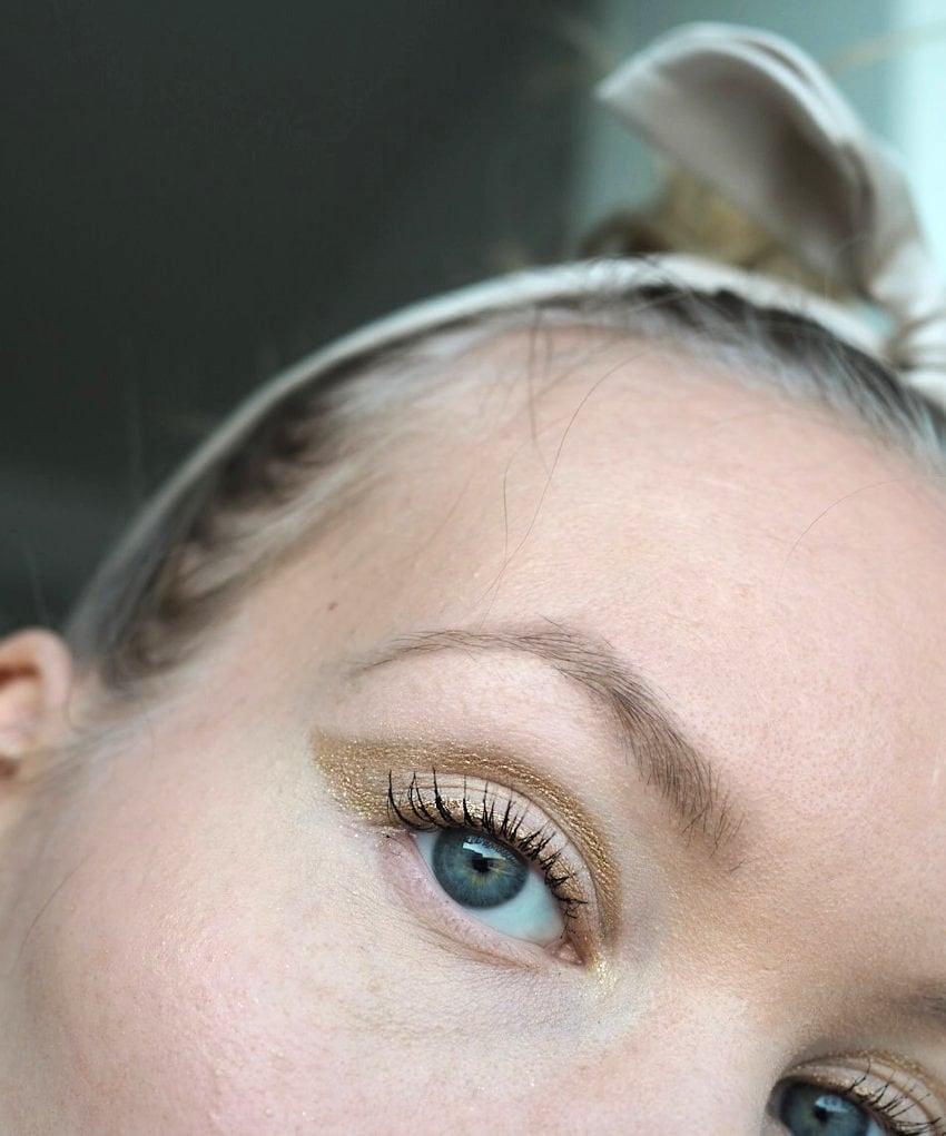 gold glitter liner makeup