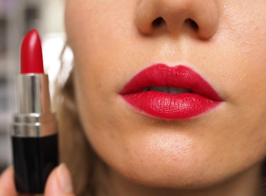 zuii classic red lipstick