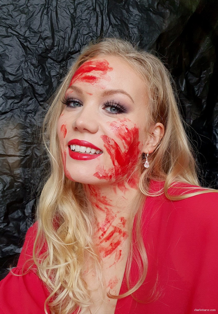 bloody halloween makeup look halloween ideas