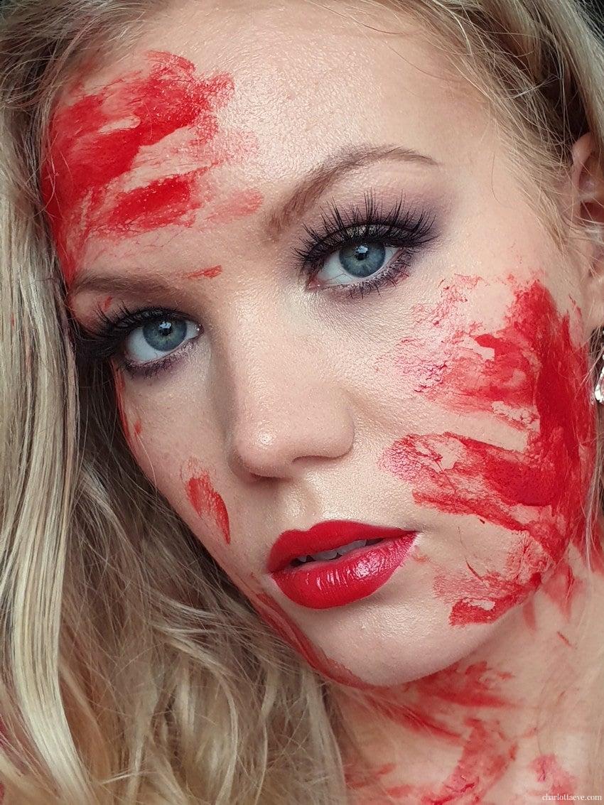 bloody halloween makeup look tutorial