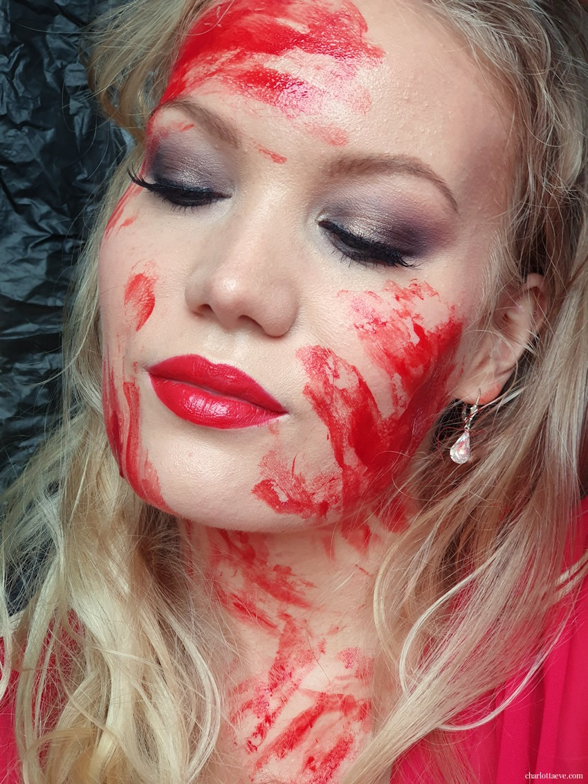 Easy Halloween makeup with fake blood