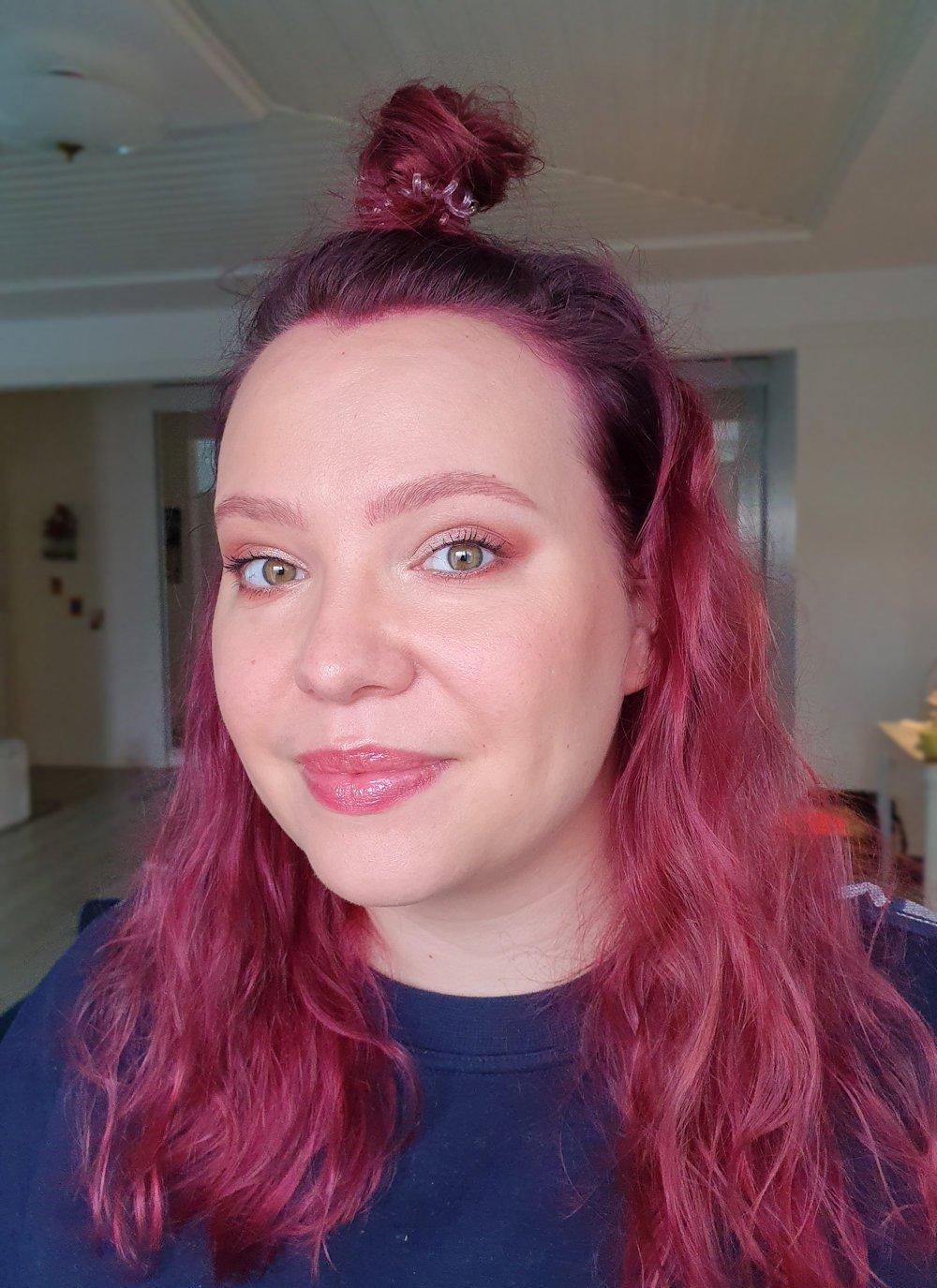 almond eyes elongating makeup