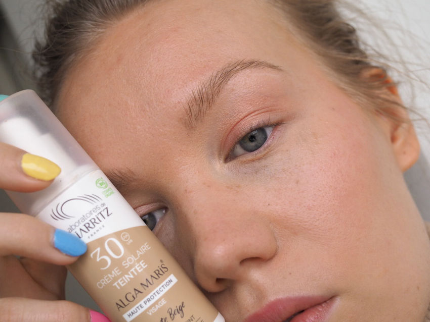 alga maris tinted sunscreen on face beige