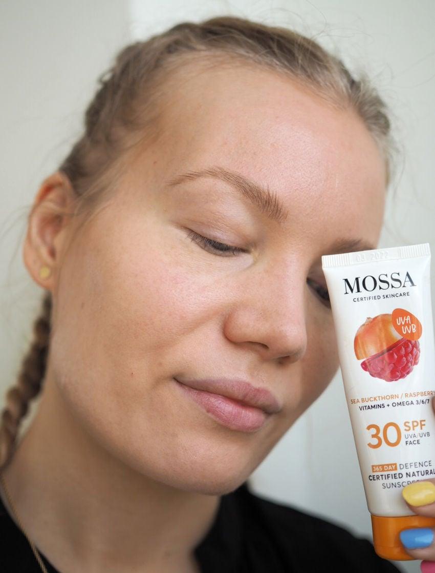mossa tinted face sunscreen sf30