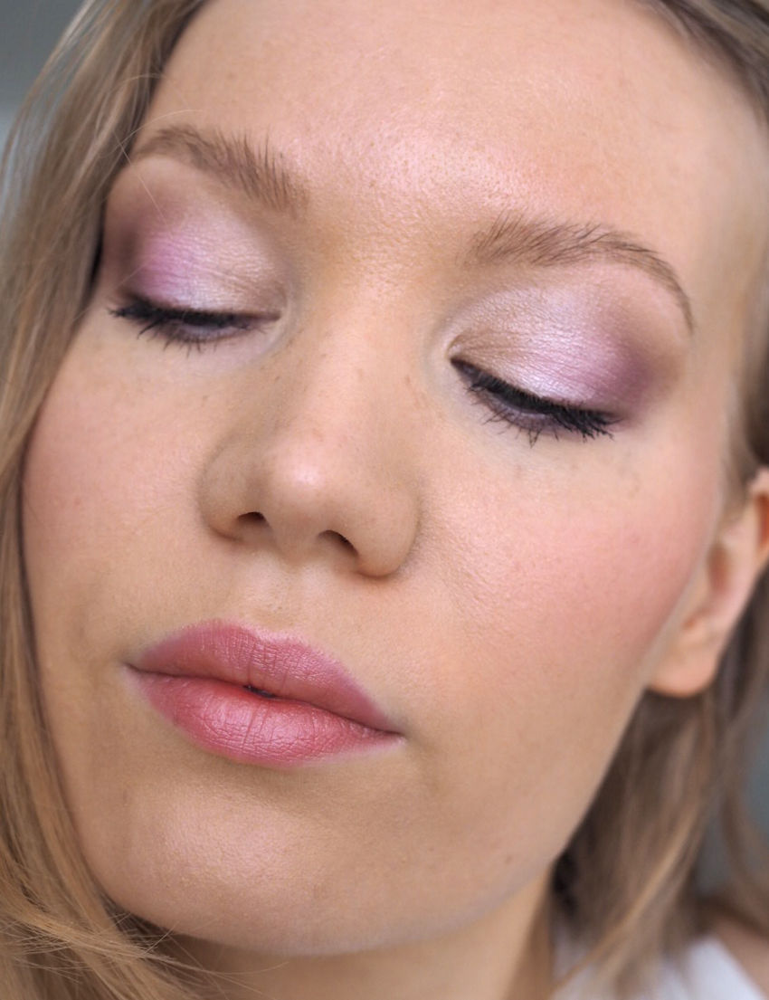 soft purple makeup