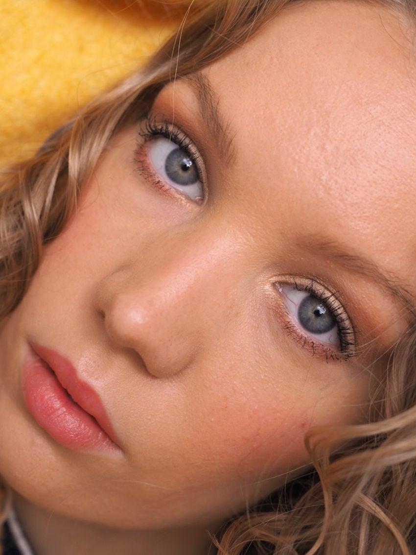 deep set hooded eyes makeup floating contour